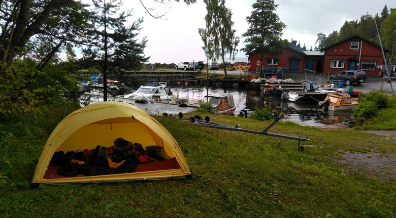 Im Zelt Von Einem Der Auszog Um Draußen Zu Schlafen : Etappe von tivedstrop über stenkaellegarden bis